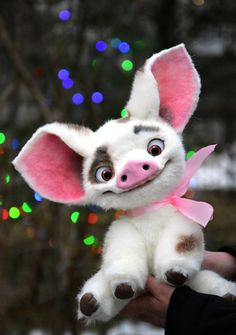 Pua Piggy from Moana by MonkeyBusinessToys on Etsy