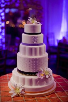David Tutera Classic Romance Cake