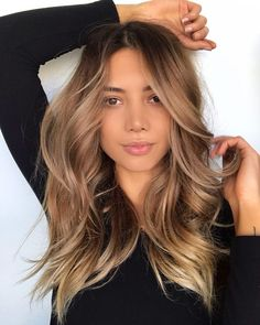 Warm Caramel ❤ Balayage Hair is all the rage right now. From soft subtle brown tones to more dramatic caramel, you can add flair to your natural brunette color. Brown Hair Balayage, Hair Color Balayage, Blonde Highlights, Blonde Hair, Dark Hair, Ombre Hair, Caramel Balayage Brunette, Soft Brown Hair, Soft Balayage
