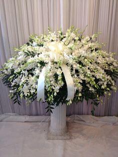 All White Casket Spray Funeral Floral Arrangements, Tropical Flower Arrangements, Church Flower Arrangements, Beautiful Flower Arrangements, Casket Flowers, Grave Flowers, Cemetery Flowers, Church Flowers, Funeral Bouquet