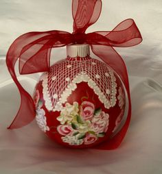 Cool Wedding Gifts For Young Couples : ornaments make GREAT wedding gifts- keepsakes for the young couple ...