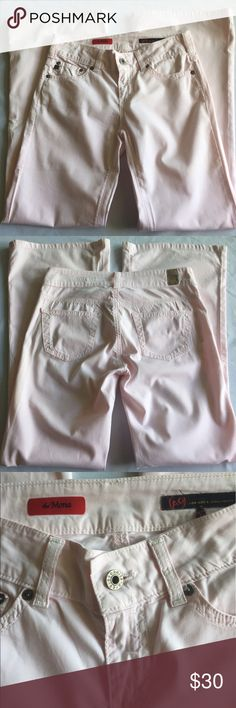 AG Adriano Goldschmied Pale Pink Pants Thin and lightweight pale pink AG flare leg pants, 97% cotton, 3% spandex. Size 25R, style 'The Mona'. AG Adriano Goldschmied Jeans Flare & Wide Leg
