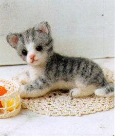 needle felted kitty