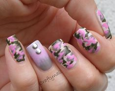 Look Jenna, pink camo! Pink Camo Nails, Camo Nail Art, Camouflage Nails, Nail Art Designs, Fingernail Designs, Camo Designs, Love Nails, Pretty Nails, Country Nails