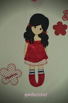 camiseta patchwork personalizada muñeca gorjuss Hand Applique, Applique Patterns, Applique Quilts, Quilt Patterns, Fabric Book Covers, Japanese Patchwork, Picture Gifts, Quilting Room, Sewing Appliques