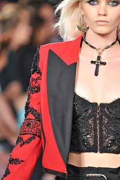 Emilio Pucci Spring 2012 – Vogue
