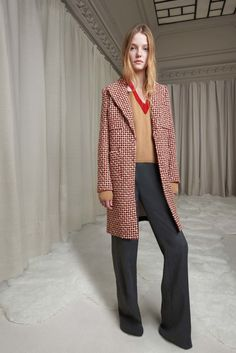 http://www.vogue.com/fashion-shows/pre-fall-2016/giambattista-valli/slideshow/collection