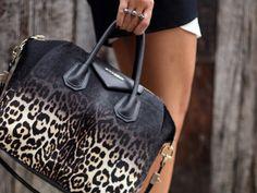 Google Image Result for http://images.stylesaint.com/tear/image/original/wp_content_uploads_2012_05_la_modella_mafia_model_street_style_bags_animal_print_handbags_3_ombre_prints.jpg