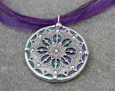 Sooooo pretty!!  $18.95 at Color Shoppe Stained Glass Studio...they have a TON of awesome stuff!!