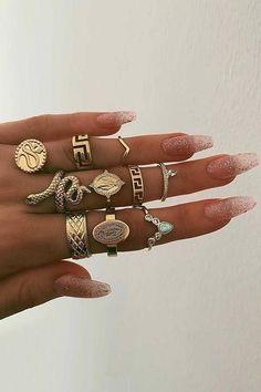 Cute Jewelry, Body Jewelry, Jewelry Accessories, Fashion Accessories, Fashion Jewelry, Snake Jewelry, Jewelry Clasps, Pandora Jewelry, Mode Statements