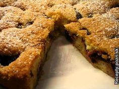 Super koláč http://recepty.pozri.sk/recept-slivkovy-kolac-s-orieskami-592