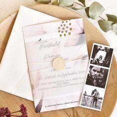 Faire-part chic 2020 : découvrez leur nouvelle collection Faire Part Vintage, Faire Part Chic, Wedding Trends, Cards, Collection, Inexpensive Wedding Invitations, Funny Wedding Cards, The Originals, Bohemian Flowers