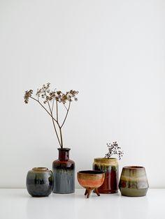Bloomingville - Keramic Vase Multicolour - Vaas - The SHOP Online Porcelain Jewelry, Porcelain Vase, Ceramic Vase, Painted Porcelain, Fine Porcelain, Hand Painted, Japanese Tea Set, Egg Designs, Terracota