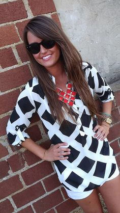 Checkered pattern blouse