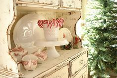 Red & White...love that hutch!