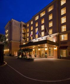 Renaissance Charleston Historic District Hotel (68 Wentworth Street) Located in Charleston city centre, this hotel offers an outdoor pool and a fitness centre. The on-site restaurant offers New American cuisine with a Southern rustic flare. #bestworldhotels #hotel #hotels #travel #us #southcarolina