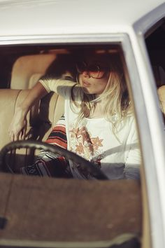 """Online Editorial:""""Come On and Take a Free Ride"""" #disfunkshionmag #editorial…"""