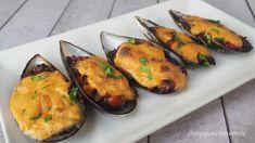 Mejillones gratinados | Cocina Tapas, Salsa Bechamel, Fish And Seafood, Zucchini, Sushi, Keto, Stuffed Peppers, Vegetables, Cooking