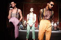 """Pigalle Paris a présenté sa vision de l'Automne / Hiver 2014-15 il y a quelques jours à Paris. C'est le légendaire Théâtre des Bouffes du Nord qui a accueilli le show intitulé """"Mikado"""". Ce spectacle a été dirigé par Nicolas Peduzzi.  http://lesgarconsenligne.com/2014/02/03/pigalle-paris-joue-au-mikado-pour-lhiver-201415/"""