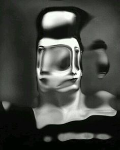 Laurence Demaison is a photographer from France specialized in surreal, black and white self portraits. Distortion Photography, Distortion Art, Surrealism Photography, Urban Photography, People Photography, Abstract Photography, Color Photography, Film Photography, Creative Photography