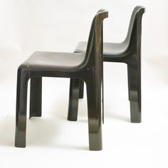 Located using retrostart.com > Ozoo 700 Dinner Chair by Marc Berthier for Roche Bobois