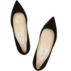 Jimmy Choo Alina suede point-toe flats (1.705 BRL) ❤ liked on Polyvore featuring shoes, flats, heels, sapatos, pointed toe flats, flat pointed-toe shoes, black flat shoes, black shoes and suede flats