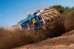 Dakar. Dirt Racing, Off Road Racing, 4x4 Off Road, Road Race Car, Race Cars, Pajero Off Road, Windshield Washer Fluid, Trophy Truck, Roll Cage