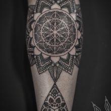 Made by Thomas Hooper Texas #tattoo #geometry #hopper