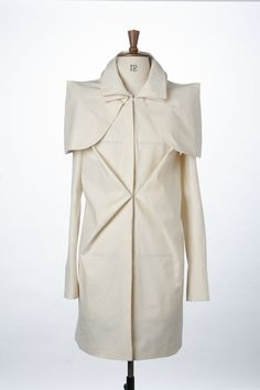 Creative Pattern Cutting - origami coat with double collar detail; fabric manipulation; draping; sewing // Onkong Eniang