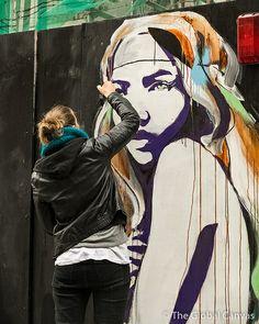 Hannah Adamaszek in London, UK 3d Street Art, Amazing Street Art, Street Art Graffiti, Street Artists, Best Graffiti, Graffiti Murals, Mural Art, Tachisme, Pop Art