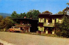 1966 - front | The Long Road #64 RetROmania #170   Postcard from Romania, Transylvania / Transilvania / Erdély / Siebenbürgen, Sovata / Szováta / Sowata, featuring GAZ M-21 Volga  / ГАЗ-21 Во́лга Places To Travel, Cabin, Country, Retro, House Styles, Rural Area, Destinations, Cabins, Cottage
