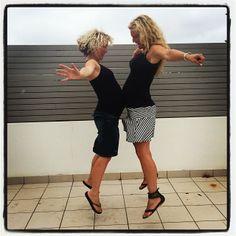 Pregnant sisters bump jump!