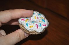 This cute mini donut measures about 2 inches across and 1 inch tall when completed.