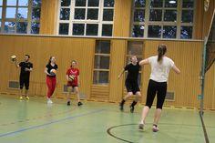 #OEH-FH Vorarlberg-Volleyball Sport Chic, Sport Girl, Volleyball, Sports Car Wallpaper, Baseball Birthday, Blue Nike, World Best Photos, Bikini Bodies, Video Photography