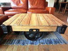 ACME Furniture 目黒店オススメアイテム! | ACME Furniture 公式ブログGUILD DOLLY TABLE (OLD TEAK / IRON) SMALL  W900 D650 H380  ¥115,500 LARGE  W1200 D700 H380  ¥136,500 ご覧の通りこの滑車がインパクトあってお部屋の雰囲気を変えてくれること間違いなしです!!!
