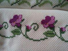 Cross Stitch Heart, Cross Stitch Borders, Cross Stitch Designs, Embroidery Stitches, Embroidery Patterns, Crochet Patterns, Crochet Bedspread, Stitch 2, Filet Crochet