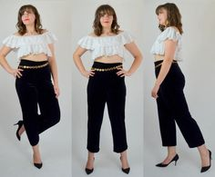 Swoon-worthy 80s velvet pants. Made in a soft deep black velvet. Comfy and stretchy! Elastic waistband. Unlined.  SIZE: Large LABEL: Large BRAND: Ronni Nicole Excellent Vintage Condition: ♥  Measurements: Waist: 30 - 40 Hips: 42 - 50 Rise: 14.5 Inseam: 30  Alexias Measurements; Bust: 38 Waist: 33 Hips: 44 Height 6 1  *Any overpayment exceeding $4 USD will be refunded back to your account.  *All items are measured in US inches, Shoes are listed in the US size.  *All Items are carefully over…
