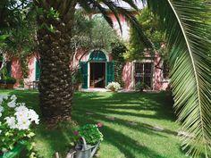 Jardins Secrets: Languedoc-Roussillon, France