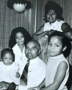 My great grandpa Samuel jackson, aunt Katy, and cousins , toya, and janet(damita jo jackson) Samuel Jackson, Janet Jackson Baby, The Jackson Five, Jo Jackson, Jackson Family, Paris Jackson, Lisa Marie Presley, Elvis Presley, Indiana