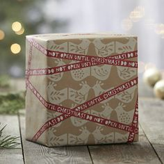 I love craft paper with white designs stamped on them.  Hmmmmm.....