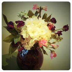Faux flowers display