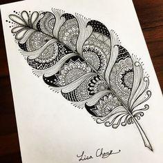 Mandala feather drawings drawings, mandala feather y doodle Mandala Feather, Mandala Art, Doodle Patterns, Zentangle Patterns, Zentangles, Plant Drawing, Painting & Drawing, Feather Drawing, Drawing Flowers