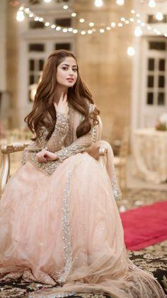 Bridal Mehndi Dresses, Pakistani Bridal Makeup, Wedding Dresses For Girls, Party Wear Dresses, Bridal Lehenga, Shadi Dresses, Pakistani Formal Dresses, Pakistani Wedding Outfits, Pakistani Dress Design