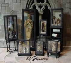 miniature artist specializing in leather bound books. I also make an array of wizard, witch, and other strange and sometimes macabre fantasy miniatures. Casa Halloween, Halloween Doll, Halloween Crafts, Halloween Decorations, Haunted Dollhouse, Haunted Dolls, Dollhouse Miniatures, Dollhouse Ideas, Haunted Diy