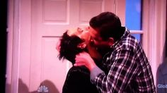 Video: The Kissing Family SNL with Paul Rudd and Jason Segel Making out LOL!