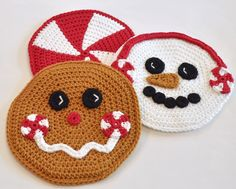 Peppermint Pals Hot Pads: Christmas and Wintertime Baking or Gifts! Perfect for all your holiday baking, decorating and gifting.  These adorable hot pads (trivets) crochet quick in worsted yarn; co...