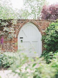 Tent Wedding, Rose Wedding, Wedding Events, Wedding Poses, Wedding Ideas, Country Garden Weddings, Walled Garden, English Country Gardens, Garden Gates