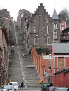 Liège, Belgique // Lieja es una ciudad belga de 192.711 habitantes, situada en la parte francófona del país, cerca de las fronteras con Alemania y Países Bajos.