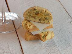 Cantucci salati ai pistacchi e parmigiano/Pistachios and parmesan salted cantucci