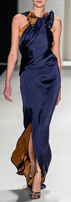 Layfor Seven Fashion Elegant Dresses, Nice Dresses, Runway Fashion, Womens Fashion, London Fashion, Glamour, Outfit Combinations, Carolina Herrera, Beautiful Outfits